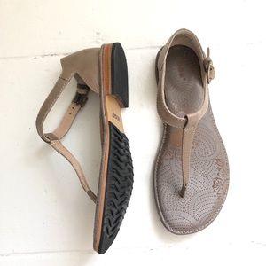 BOGS Memphis Thong Sandals
